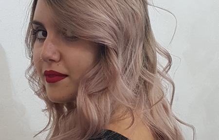 Bottone Parrucchiere Fiumicino | Donna Tecnico